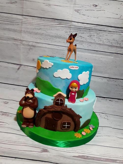 Masha end bear cake